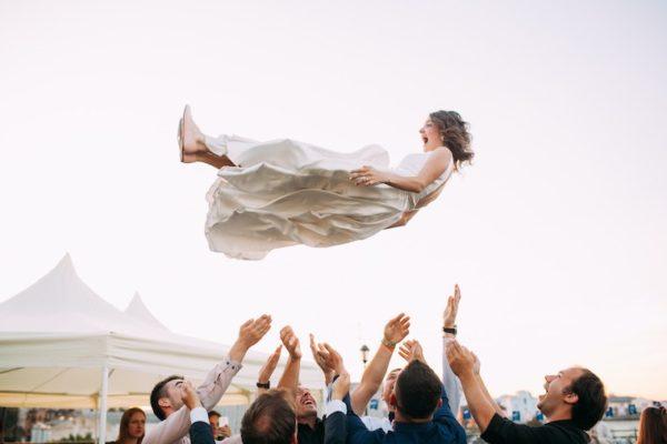 Mettez du fun dans votre déco mariage !